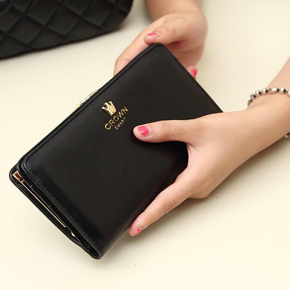 สีกระเป๋าตังค์สีดำ